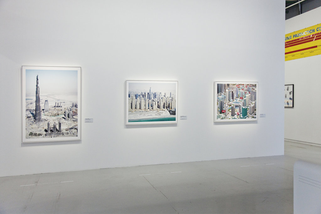 Dreamlands - curated by Quentin Bajac - Centre Pompidou - Paris - 2010